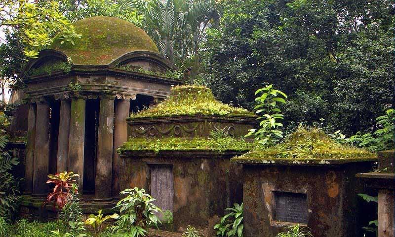 Spooky South Park Street Cemetery